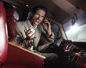 握了方向盤就轉性!七種駕駛的隱藏人格,你是哪一種?