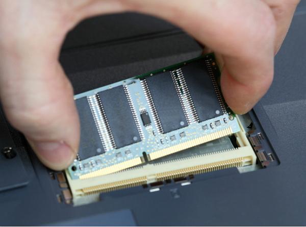 它來了,6GB RAM 手機還遠嗎?