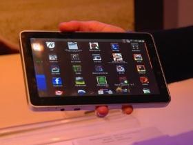 【Computex 2010】超優富士康Android平板電腦現場玩