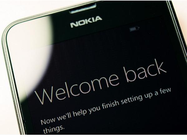 等待是為了重逢,這就是將回歸的 Lumia 新旗艦