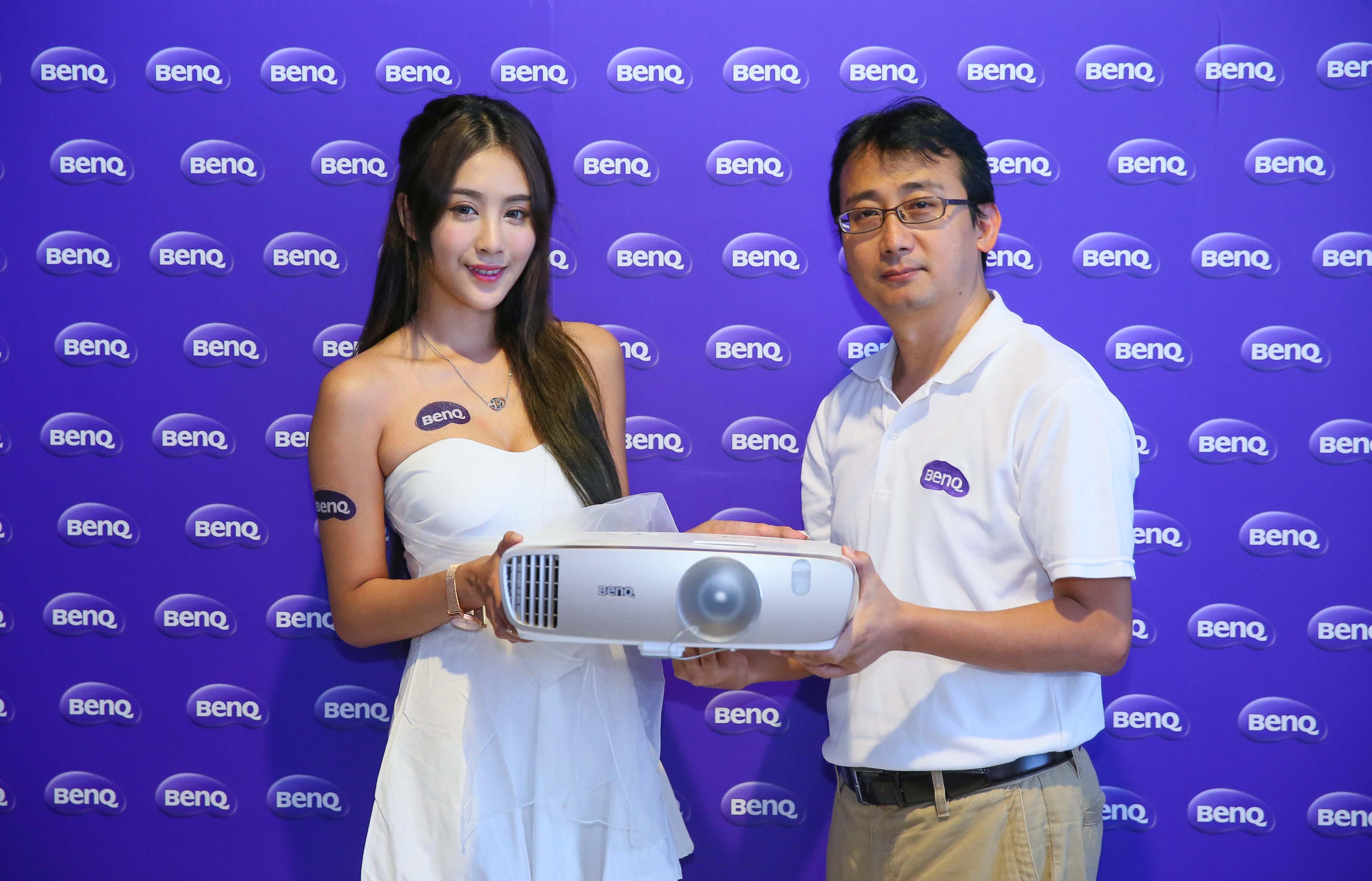 所見即所得 不失真的導演色彩 BenQ 推出全新家用投影機「導演機」W2000/W3000