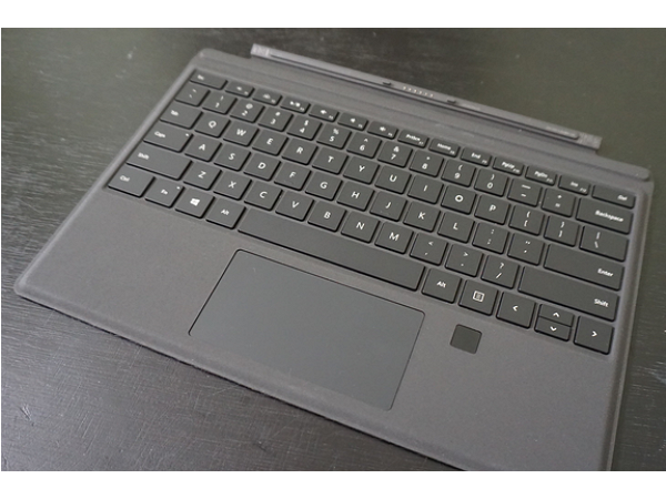 Surface Pro 4使用者:要買帶有指紋辨識鍵盤蓋的3個理由