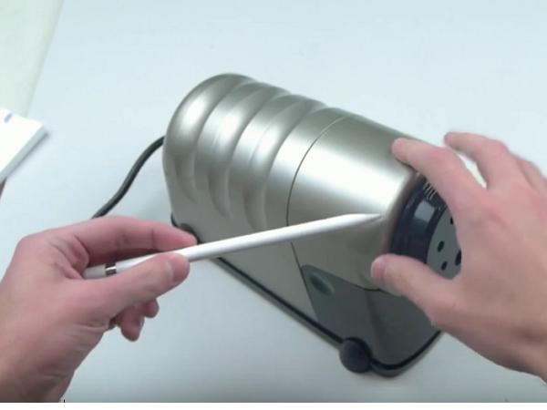 Apple Pencil 暴力開箱:放入削鉛筆機極限測試