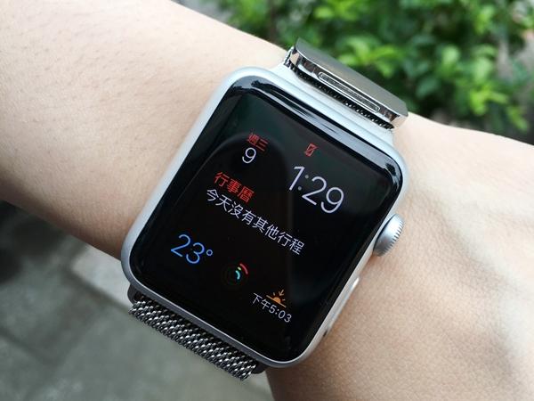 想買Apple Watch先等等!明年三月可能發表 Apple Watch 2 和4吋版本iPhone