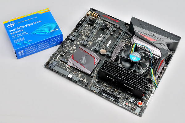 率先內建 U.2 介面,Asus Maximus VIII Extreme 搭 Intel SSD 750 簡單玩