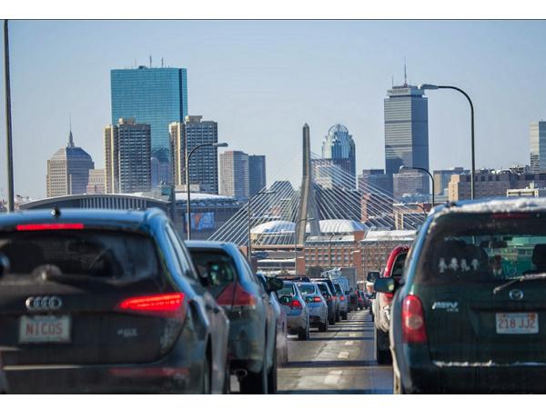 不添購昂貴硬體裝置、不提高通行費用,波士頓如何用 IT 解決擁堵和停車問題?