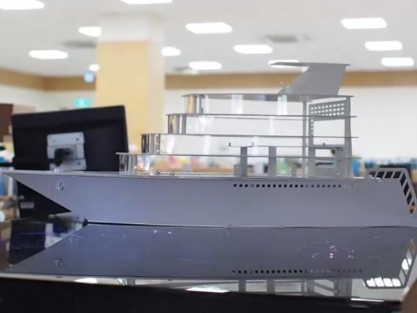 做完火車換做船,聯力將於 CES 展出船型機殼和高度升降機殼桌