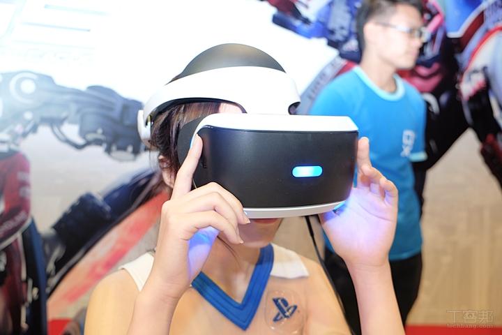 Sony PS VR 首度在台盛大展出,近距離帶你看它怎麼玩?