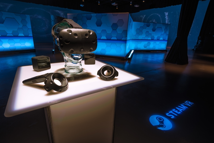 HTC Vive 體驗區2/3~2/29在三創園區再開!電玩展排不到隊的來這繼續排