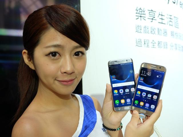 Galaxy S7 & S7 edge 台灣現身,還有外接鏡頭組