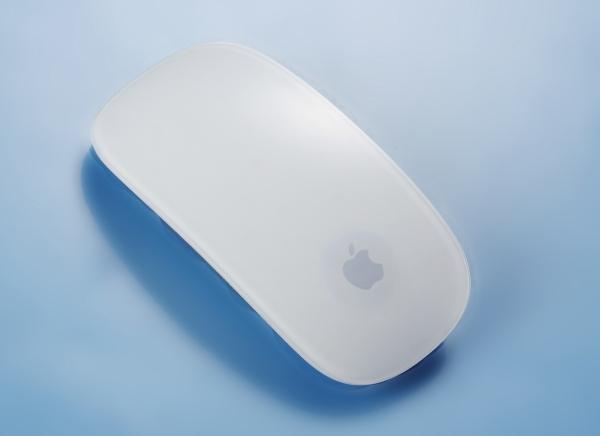 Apple Magic Mouse 2-引入充電功能的二代鼠