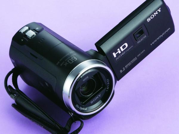 Sony HDR-PJ675-搭載5軸進階防手震技術