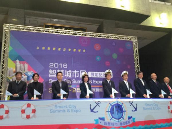 首度主辦智慧城市展,柯文哲誓言打造台北「Living Lab」