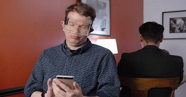 Google愚人節企劃:完全透明,防水防塵版的Google Cardboard