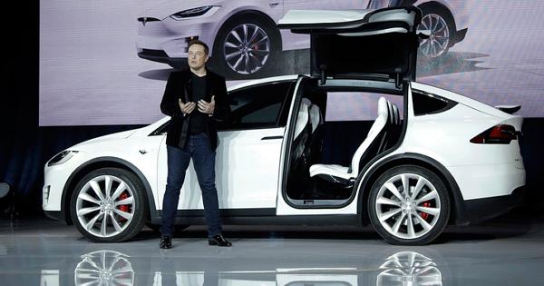 因後排座椅存在安全問題,特斯拉宣佈召回2700輛Model X SUV