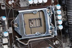 Intel 換腳位我不怕,ASRock P67 Transformer 搶先玩