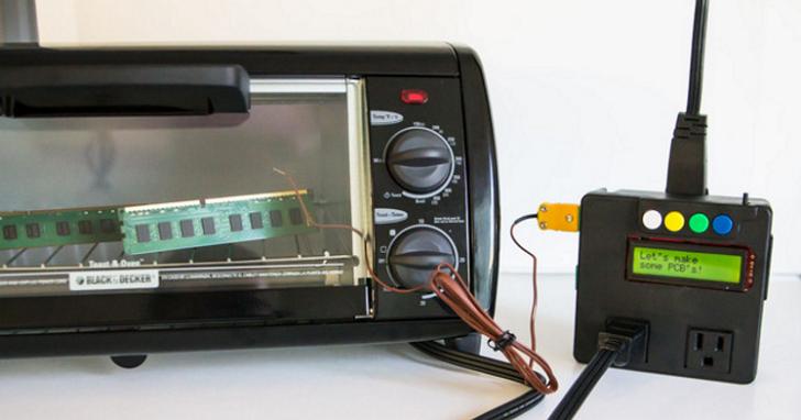 他不只設計了智慧插座,還要讓傳統廚房電器也升級為可程式化控制