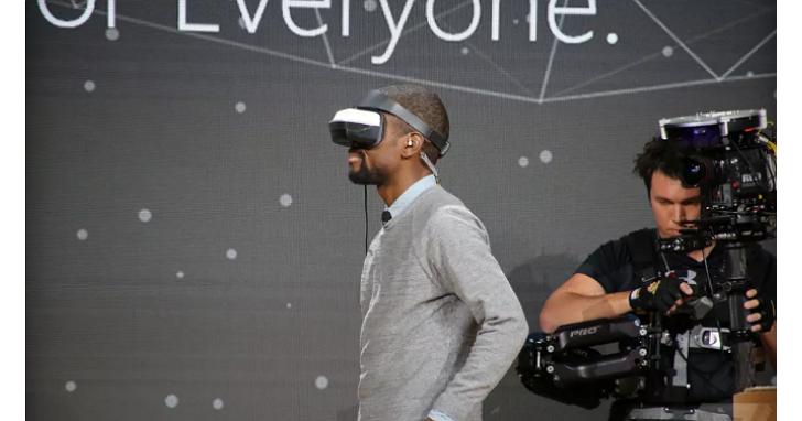 支援MR混合實境!宏碁宣佈明年推出Windows Holographic平台虛擬實境頭戴式顯示器,價格299美元
