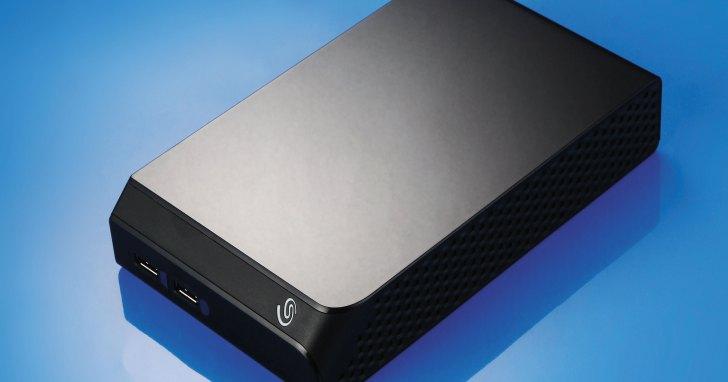 Seagate Backup Plus Hub- 內建 Hub 的外接硬碟