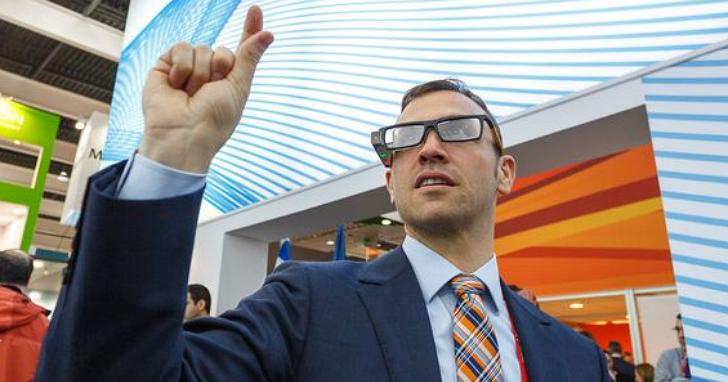 想讓 AR 頭戴眼鏡小型化,Lumus 獲HTC以及廣達電腦 3000 萬美元投資