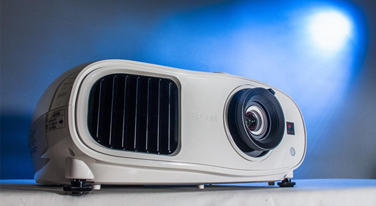 Epson EH-TW6300 劇院投影機評測:兼顧影像與音效表現的水準之作