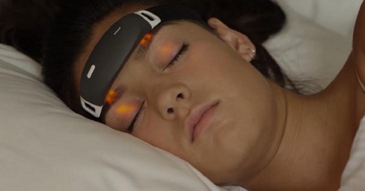 讓你控制夢境的 iBand+ 智慧頭帶,台幣五千元不到就可以讓你擺脫惡夢