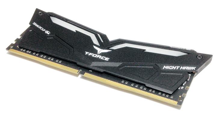 十銓科技 T-FORCE Night Hawk DDR4 桌上型超頻電競記憶體評測