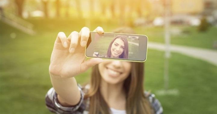自拍悖論:大家都不想看到別人的自拍照,但自己每天都在自拍