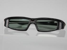 省三千!用 RAT08AG 副廠眼鏡看3D Vision