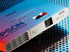 Epson EB-1770W:A4投影機隨身帶