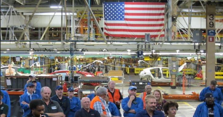 美國川普總統簽署「購買美國貨、僱用美國人」行政命令,這項政策到底是什麼?