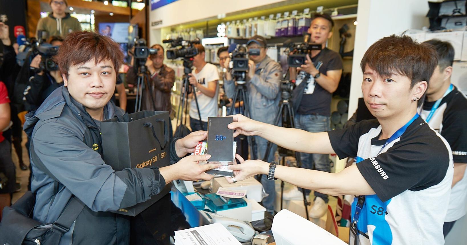 三星 Galaxy S8 預購開放取貨,挑戰上半年 Android 機皇銷售寶座