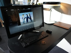 Sony VAIO L218:連邊框都觸控的 AIO