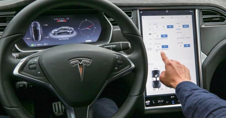 特斯拉內鬥揭秘:馬斯克浮誇宣傳自動駕駛,工程師不滿陸續離職