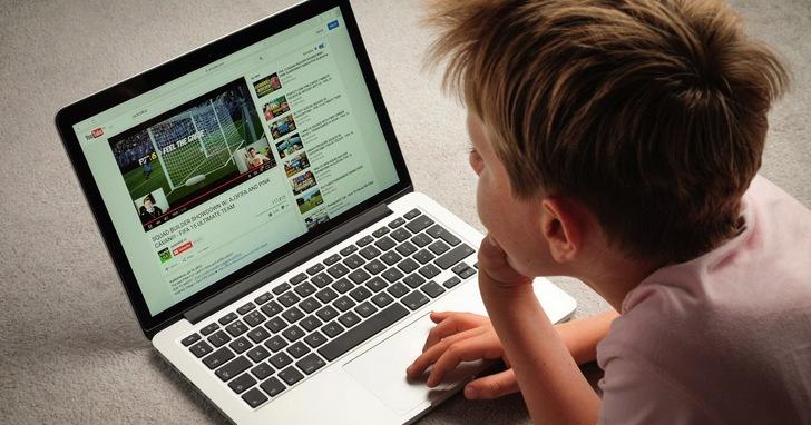 從YouTube 演算法講起,解釋為什麼你的小孩沉迷在看YouTube到無法自拔