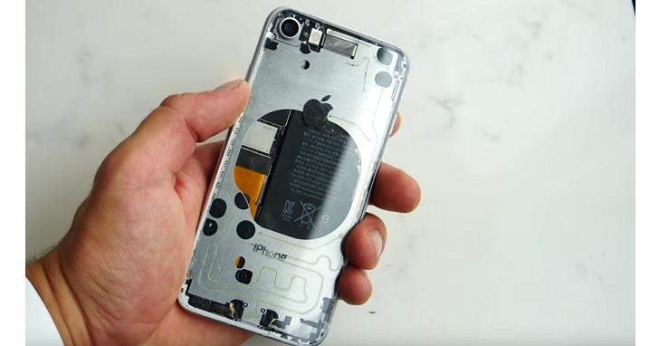 一眼看透!他把 iPhone 8 的玻璃背蓋還原成透明