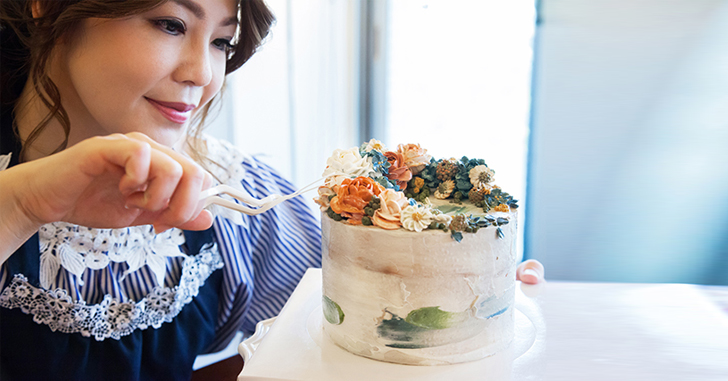 對美的堅持是創作也是態度:專訪 Yumiko's Cake 創辦人用花朵打造視覺與味蕾的雙重享受