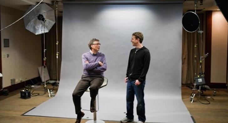 差了 28 歲的蓋茲和祖克柏,他們在哈佛有著同一位老師