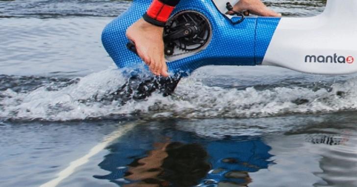 根骨奇佳!不需輕功也能在水上行駛的腳踏車 Hydrofoiler XE-1