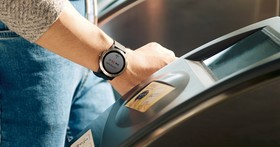 Garmin 推出支援一卡通的支付手錶 Vivoactive 3