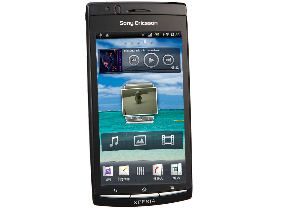 Bravia 手機初登場 Sony Ericsson Arc