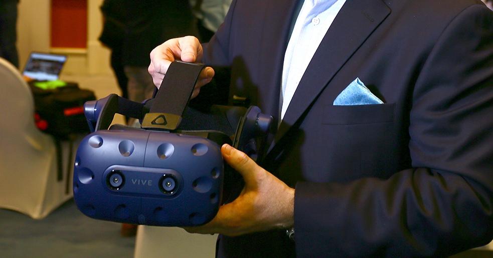 新的 Vive 又來了!HTC 在 CES 上推出 Vive Pro 和 Vive Wireless Adaptor