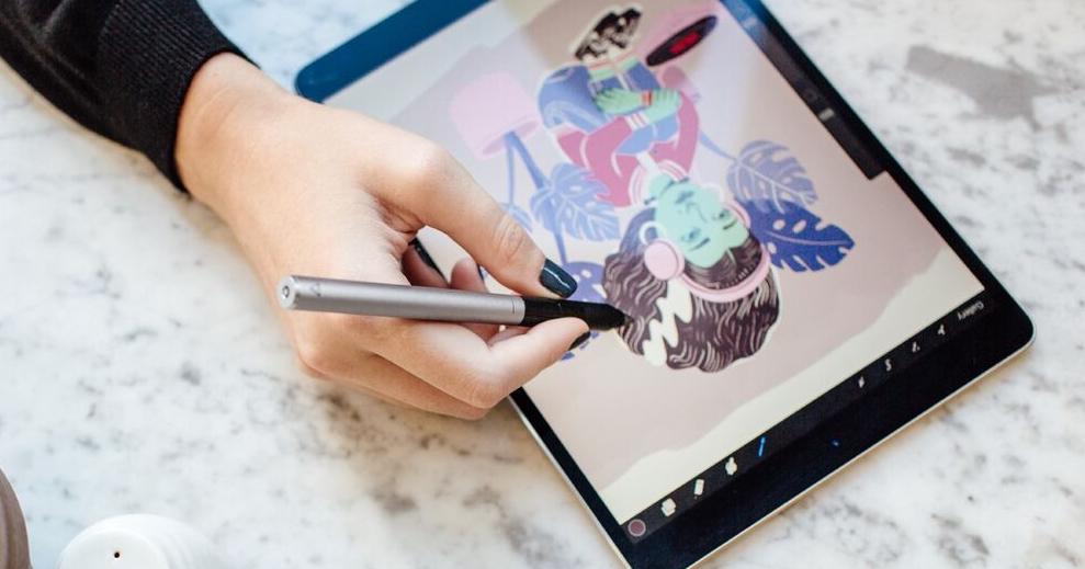 Adonit 推出首款為 iPad Pro 設計的觸控筆,比 Apple Pencil 平價些