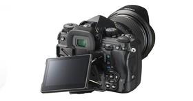 單眼相機也能「付費升級」,Ricoh 宣佈 Pentax K-1 可付費更新主機板直升 Pentax K-1 Mark II