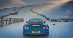 是戰帖還是自信過人? Porsche 911 Turbo S「AWD全時四驅」雪坡逞凶