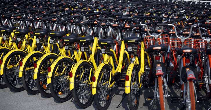 已經車滿為患,車廠卻依然生產新的共享單車?中國許多城市正在「覺醒」,要把共享單車拉出城外