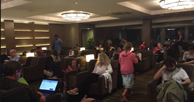 機場VIP休息室漸漸變成「菜市場」,這些氾濫的「貴賓」來自哪裡?