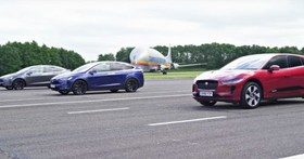 龍頭地位「不容挑釁」?Tesla Model X P100D vs Jaguar I-Pace「直線加速」影片曝光!