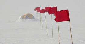 科學家記錄到地球表面最低溫度是 -100°C