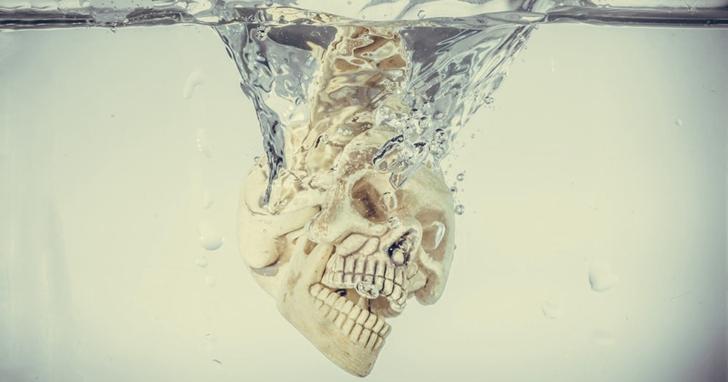 無需「化成灰燼」:用鹼性水溶解遺體會取替火化嗎?